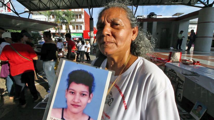 Leticia Martinez se reencuentra con su hija, tras 14 años de no verla